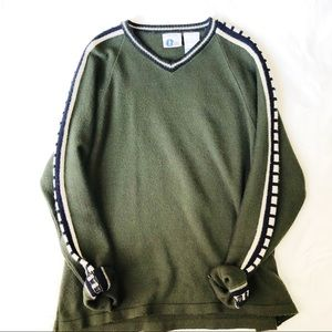 Vintage forest green sweater